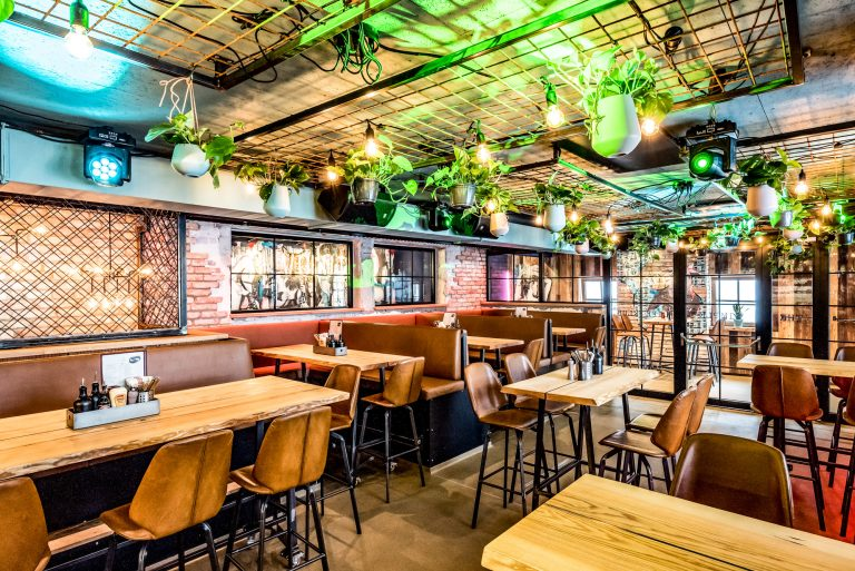 Peakini Klubhaus Bar